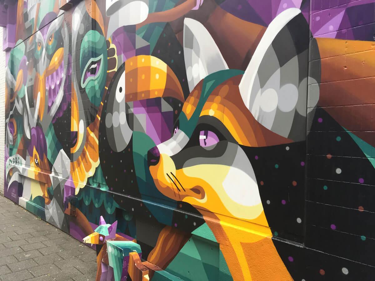 Streetart an einer Mauer